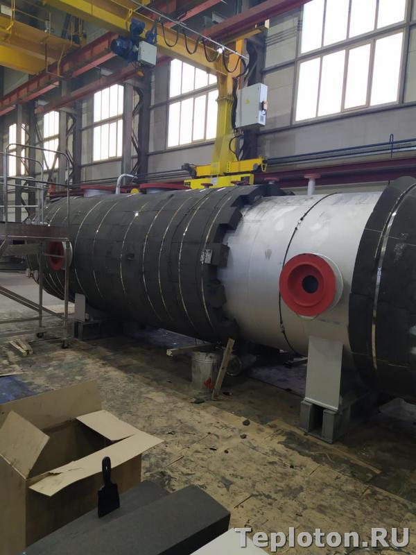 Теплоизоляция оборудования в процессе монтажа пеностекла