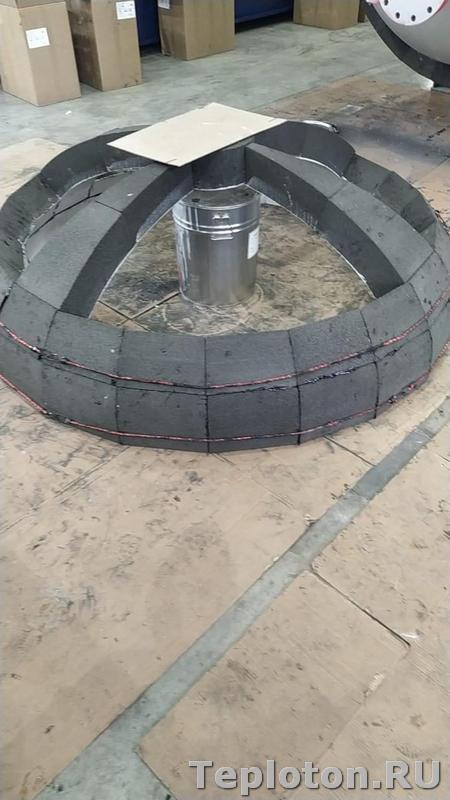Теплоизоляция оборудования - стыковка сферических сегментов из пеностекла